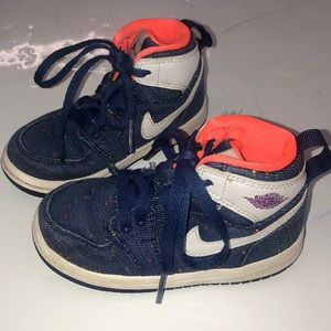 Toddler Nike Air Jordan Athletic High tops 7c